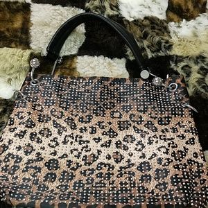 Handbags - Beautiful animal print purse